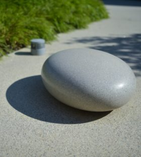 Камень из стеклопластика